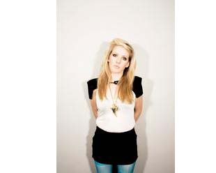 """Song of the Day: """"Starry Eyed"""" by Elli Goulding   Eat Sleep Breathe Music"""